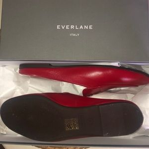 EVERLANE DAY LOAFER MULE SZ 8 RED
